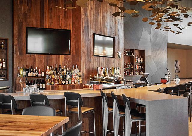 Commercial Office Benefit Park Bar